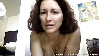 Horny French cougar from Milfsexdating Net squirts